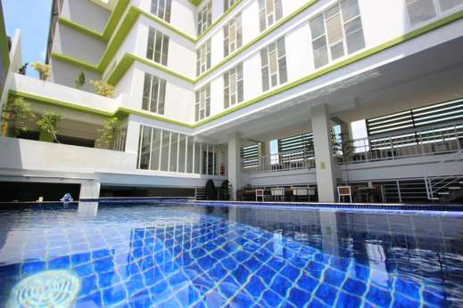 Hotel Dafam Fortuna Seturan - Outdoor Pool