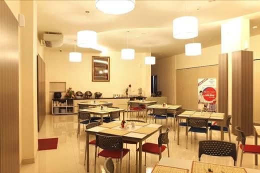 Cordela Hotel Medan - Breakfast Area