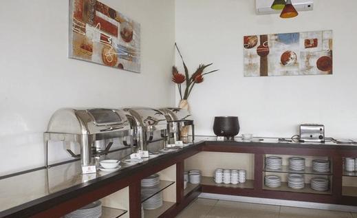 Tinggal Standard Kiaracondong Binong - Restoran