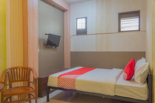 OYO 789 Pelangi Guest House Tangerang - Bedroom