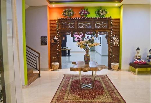 The Cabin Tanjung Hotel Wonosobo - Interior