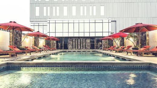 Hotel GranDhika Iskandarsyah - Outdoor Pool