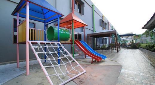 Hotel Zaira Pekanbaru - Around1