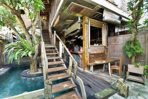 RedDoorz near Jimbaran Beach Bali - Photo