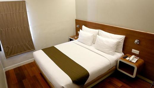 Citihub Hotel at Sudirman Surabaya - Superior King