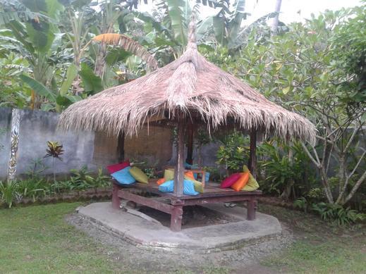 Indah Homestay Senggigi Lombok - Facilities
