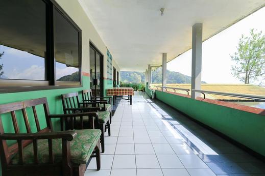 Lie Mas Hotel Pasuruan - View