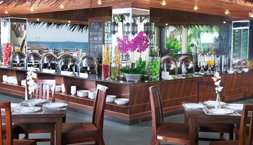 Green Garden Resort Serang - Restaurant