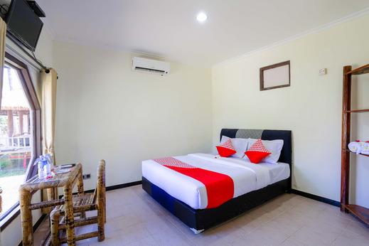 OYO 1651 Purnama Beach Hotel Lombok - Guest room