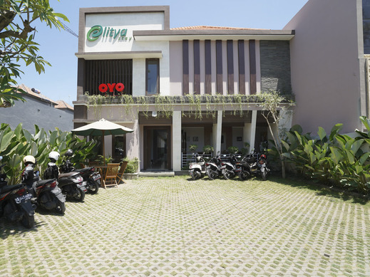 OYO 2166 Elitya Stay Bali - Facade