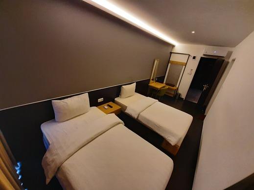 Hotel Pantes Simpang Lima Semarang - Deluxe Twin