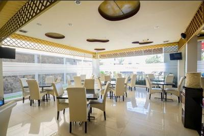 Airy Kiaracondong Ibrahim Adjie Bandung - Restaurant