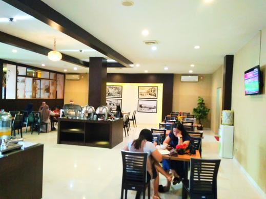 Parma Indah Hotel  Pekanbaru - Restoran