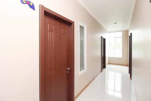Airy Ranotana Sario Sam Ratulangi 222 Manado - Corridor