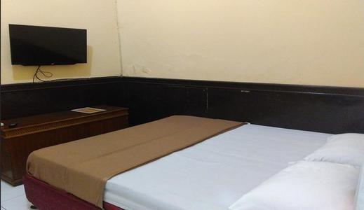 Hotel Kencana Jaya Sumedang - Room