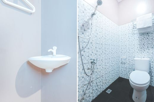 Si Domar House Syariah by Dadistay Jakarta - Bathroom