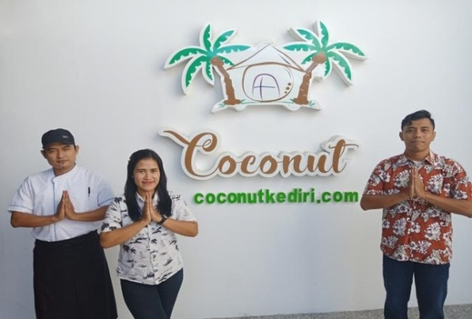 Coconut Hotel Kediri - Warm greetings