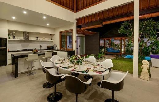 VillaLey Seminyak Bali - dapur