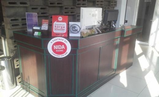 NIDA Rooms Nusantara 15 Istana Kota Medan - Resepsionis