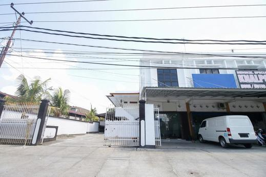 Airy Cakranegara Brawijaya 18 Lombok Lombok - Property Building
