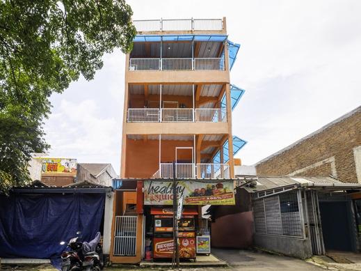 OYO 2562 Pondok Tajlibu Syifa Bandung - Facade