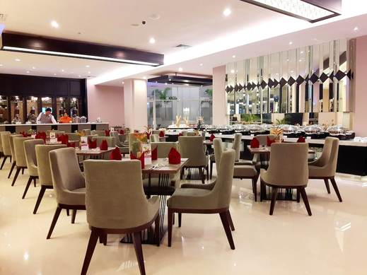 Swiss-Belinn Tunjungan Surabaya - Breakfast Area