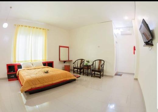 Sthree Hotel Nias - Bedroom