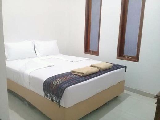 Gosyen Efata Toraja Hotel Tana Toraja - Bedroom