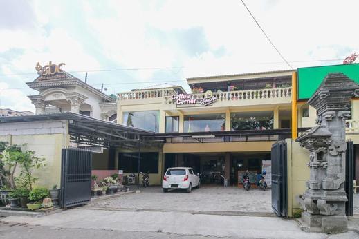 Airy Eco Syariah Manunggal Kebonsari Blok B 9 Surabaya Surabaya - Hotel Front