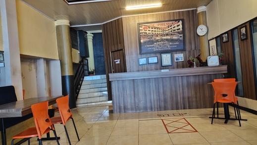 De' Premium Hotel Kartini Palembang - Lobyy