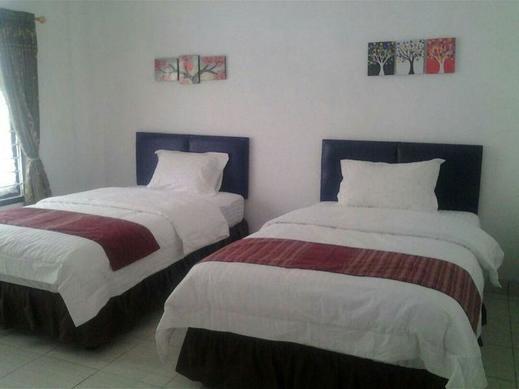 Meuthia Homestay Sawahlunto - Twin room