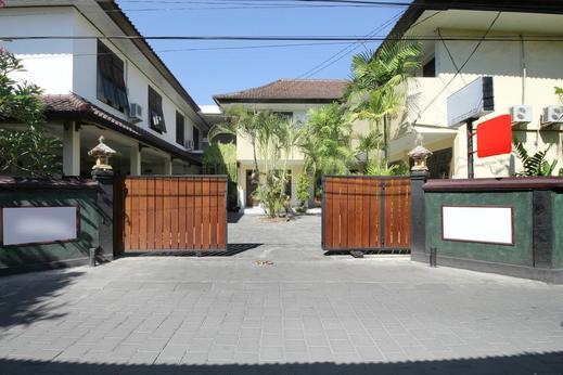 Airy Eco Kuta Dewi Sartika Gang Nusa Indah 4 Bali - Hotel Front