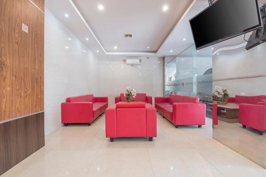 RedDoorz Plus @ Grand Pacifik Hotel Makassar Makassar - common area