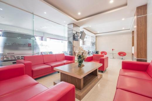 OYO 308 Grand Pacifik Hotel Makassar - common area