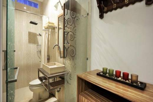 Marades Sweet Home Yogyakarta - Kamar mandi