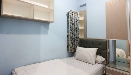 Two Nine Apartment Bekasi - double room 8