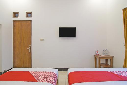 OYO 931 Dara Dewi Homestay Yogyakarta - Bedroom SF