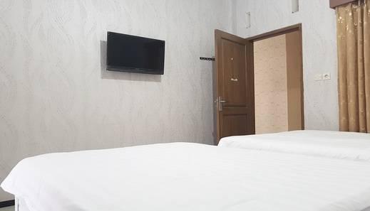 Villa Handayani Malang - Room