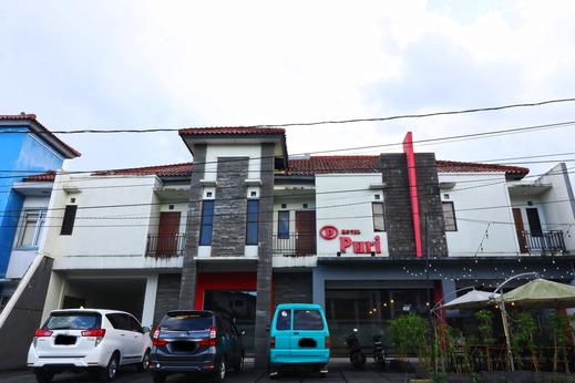 Hotel Puri Pangalengan Bandung - Facade