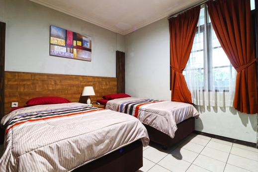 Hotel Puri Pangalengan Bandung - Standard Twin