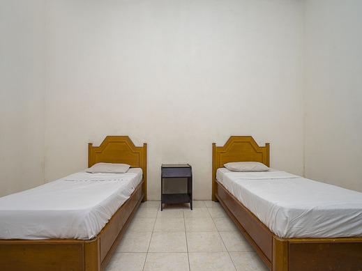 OYO 1989 Hotel Pelangi Harapan Samarinda - Guest Room