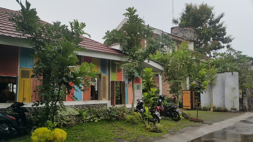 Ndalem Bebekan Guesthouse by Symphony Yogyakarta - area depan hotel