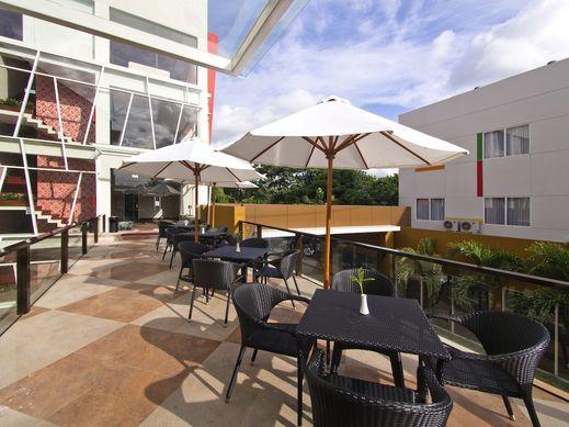 The Victoria Hotel Yogyakarta - Terrace/Patio