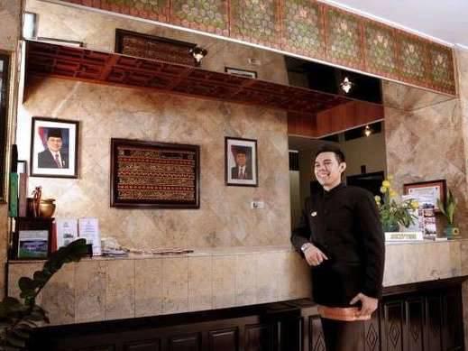 Nikita Palace Hotel Padang -