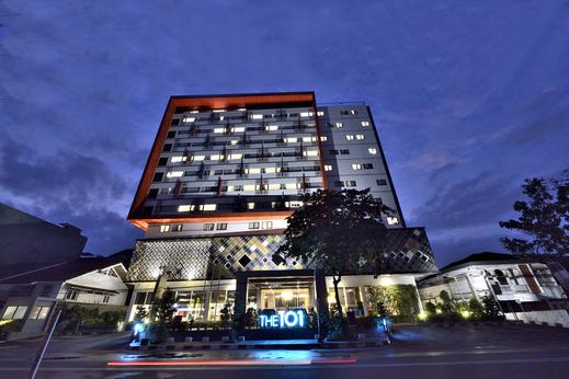 The 1O1 Palembang Rajawali - Facade
