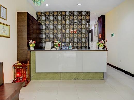 OYO 90350 Hotel Five Star 2 Batam - Reception