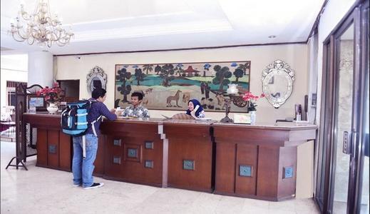 Hotel Berlian Malioboro Yogyakarta - Reception