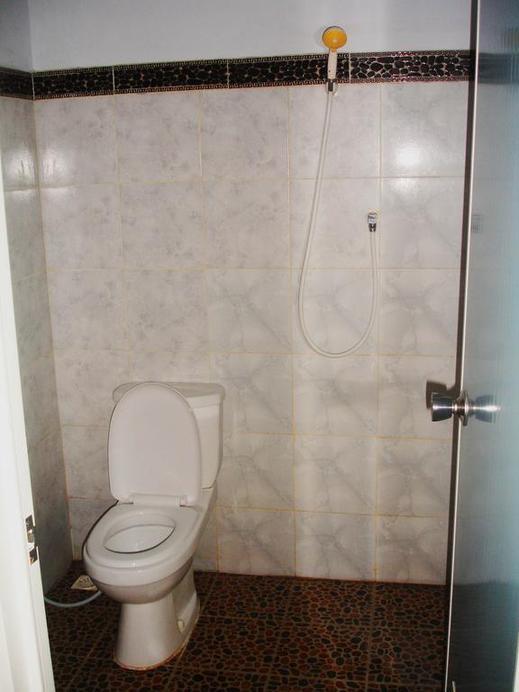Jero Rawa Homestay Bali - Bathroom