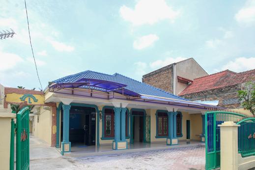 Airy Eco Medan Selayang Bunga Mawar Enam 5B Medan - Building