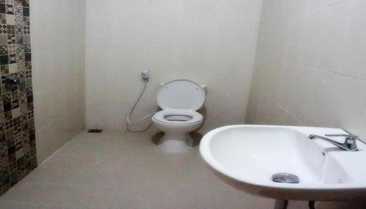 CASA TS 16 Guesthouse Malang - Room